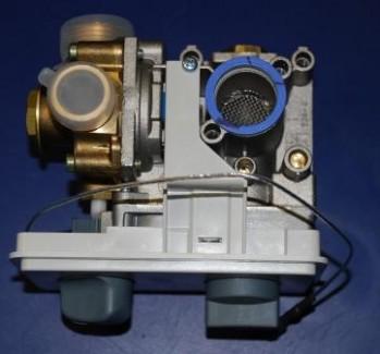 - 372 Armatura wodno- gazowa GW40A